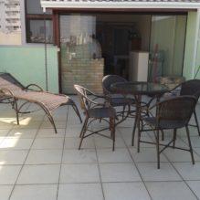 Conjunto Roni com mesa de 70 cm e espreguiçadeira Jardim