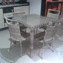 Mesa 80 x 80 cm com cadeiras Marcelia